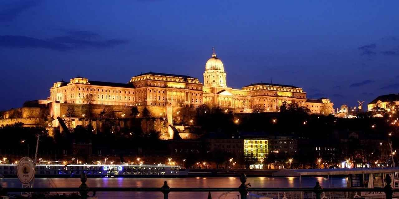 /book/hostels/hotels/budapest/hungary