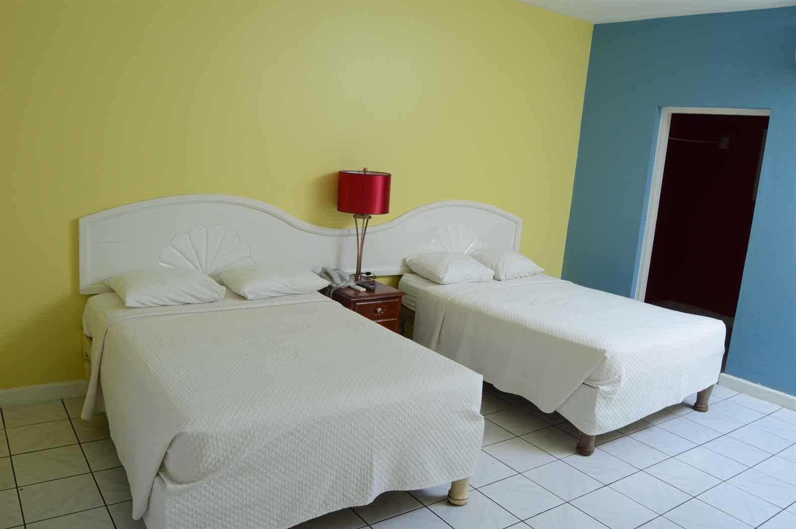 Coral Seas Beach Resort - hostelgalaxy.com