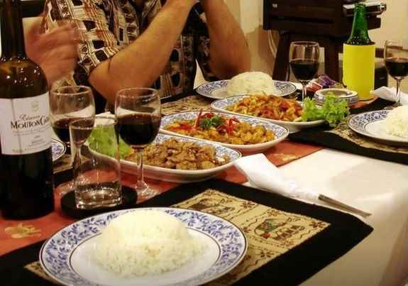 /southern-fried-rice-guesthouse-phuket/book